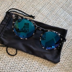 Diff Eyewear Accessories - DIFF Charlie Polarized Sunglasses w/sleeve